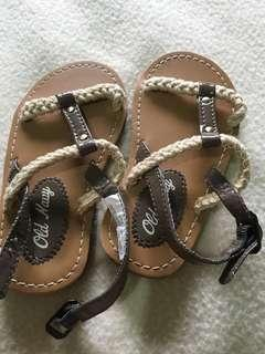 🔥🔥 Old Navy Kiddie Sandal