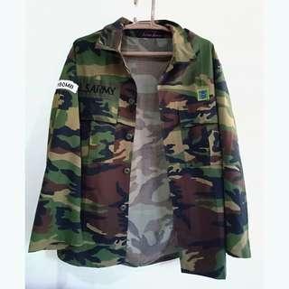 Camo oversized top / jacket