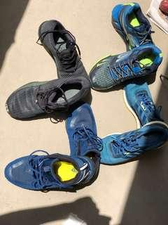 4 pairs for sgd 130.  Included :2 Adidas 1 skechers 1 Anta