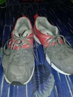 Sepatu Sport Eagle