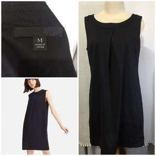Uniqlo black loose dress