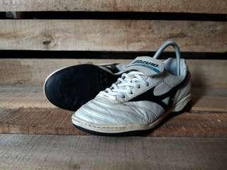 Sepatu Futsal Second MIZUNO MRL CLUB Size 41 Original Kondisi Bagus Dijual Murah