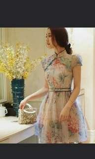 Modern cheongsam suitable for young girls