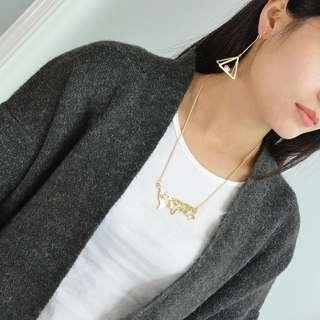 🚚 ✓ Instock World Map Necklace