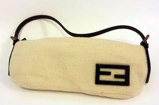 Fendi 白色冷料手袋