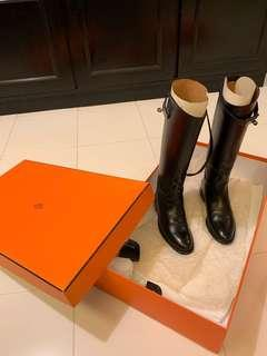 Hermes boots 👢
