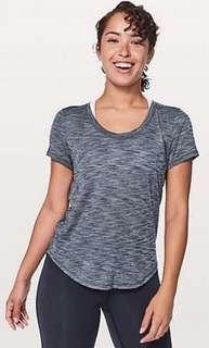 Lululemon meant to move tee size 4