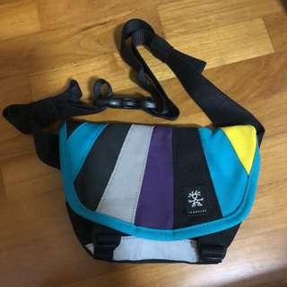 crumpler messenger sling bag