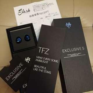 90% new TFZ Blue Exclusive 5 香港行貨有買單保養至27/4/2019 100% 正常運作 音質靚