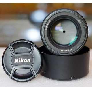 Nikon AF-S 85mm f.1.8G Like New