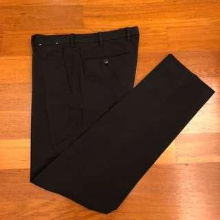 Uniqlo Lightweight Work Pants - Black (Size L)