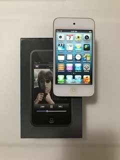 Apple iTouch 4th Gen 8 GB