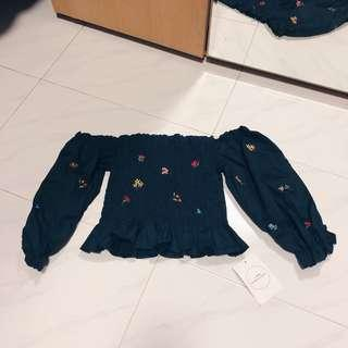 Embroidery Off Shoulder Top