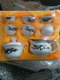 精美缸瓦茶具一套