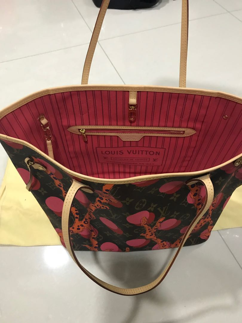 aed2649afe59 Limited edition Louis Vuitton neverfull mm shoulder tote bag ...