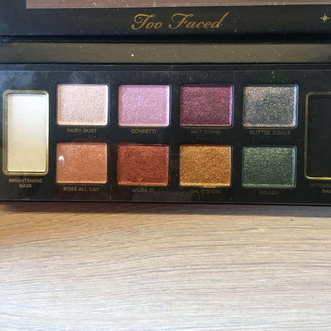 LIMITED EDITION: Too Faced Glitter Bomb Eyeshadow Palette