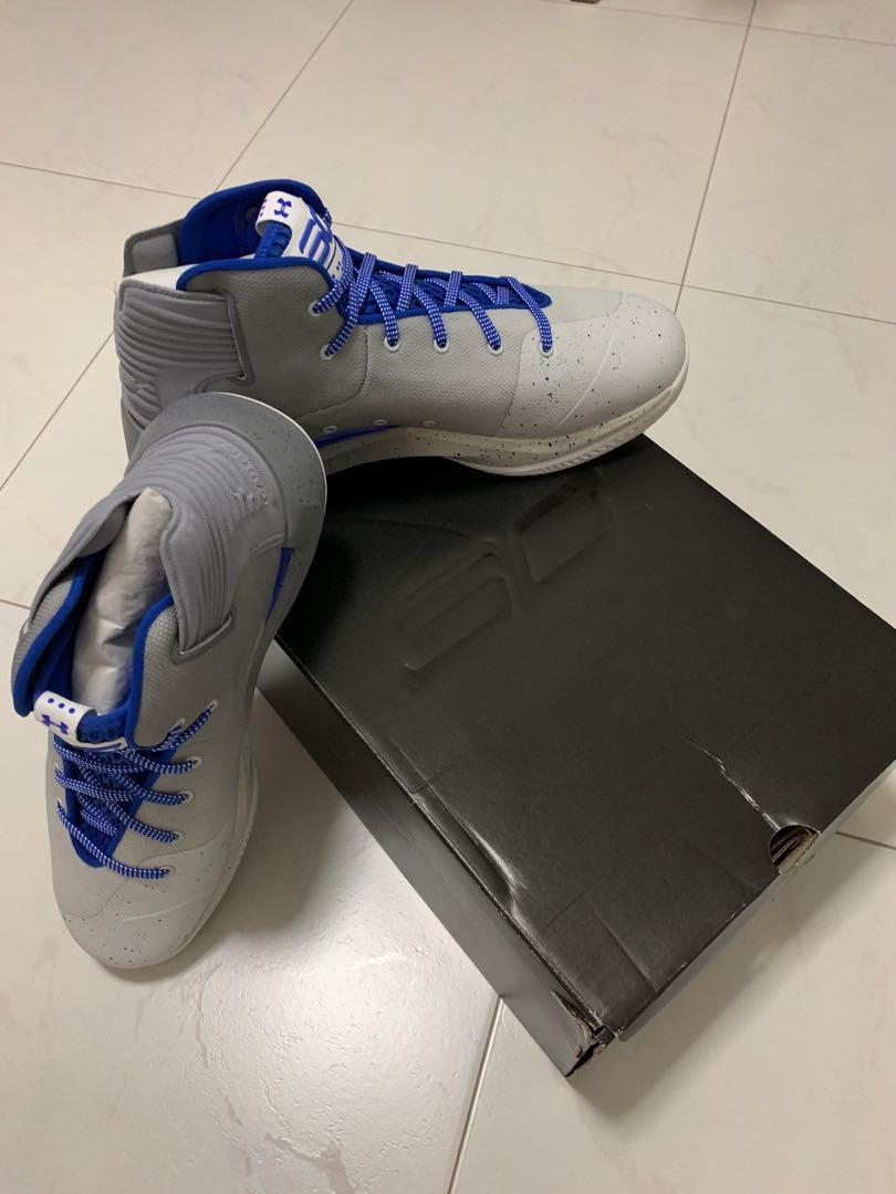 brand new b0eee 25c4e Stephen Curry 3 Zero Basketball Shoe, Sports, Sports Apparel ...