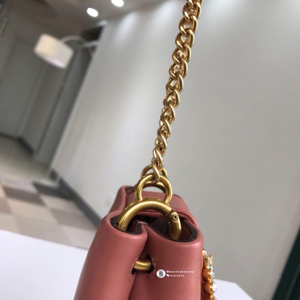 155ee8b7c Tory Burch Greer Phone Crossbody - peach pink, Barangan Mewah, Beg dan  Dompet di Carousell