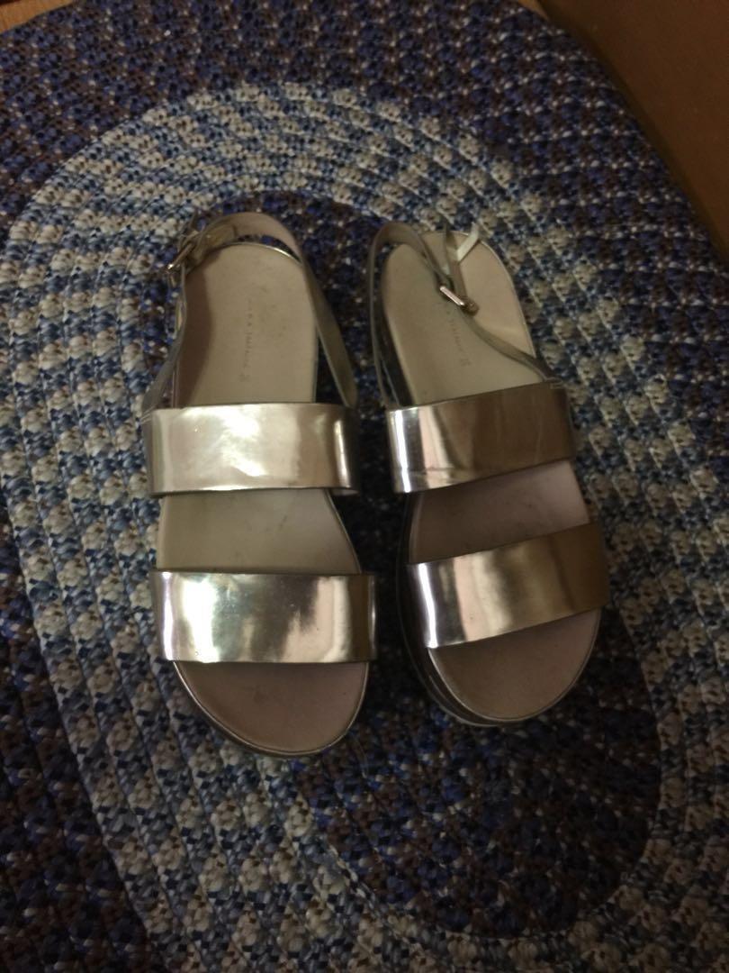 cdbc890938d4 Zara trafaluc platform sandal