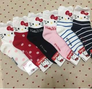 🚚 (6双)韓國正版授權Hello Kitty長襪