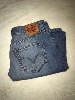 Levi's distressed mom jeans
