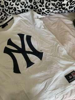 New York Yankees Top