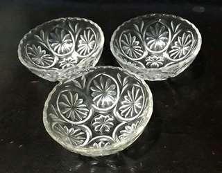 Vintage Crystal Glass Bowl Set