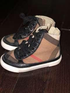 Burberry sneakers***reduced***