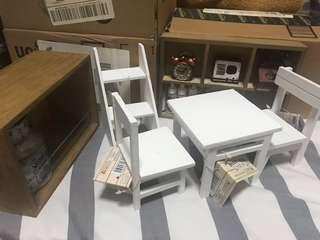 Doll/Playhouse Display Vintage Miniature Furnitures and accessories