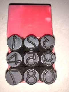 sellery metal number stamp S92-812