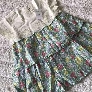 🚚 BN GAP Baby Girl Floral Eyelet Dress 12-24mths!