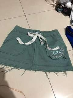 Beach short with underpants