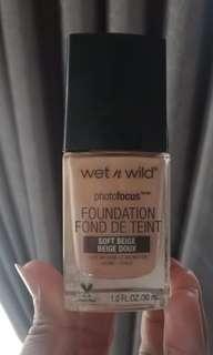 Foundation wet n wild