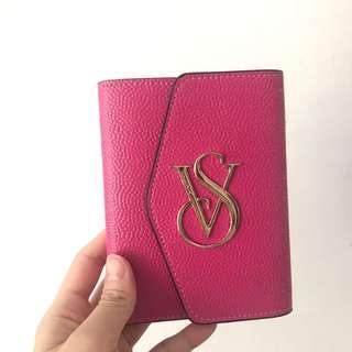 [Preloved] Victoria Secret Passport Holder