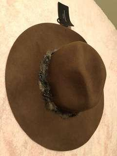 Hat, one size fits all