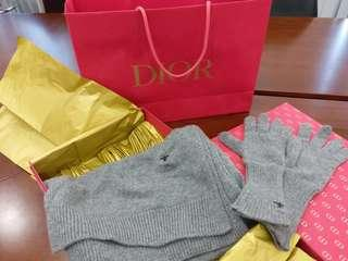 Dior scarf & gloves