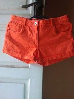 H&M orange hotpants