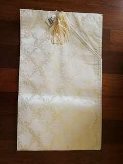Table runner beige colour 188 cm/74 inches