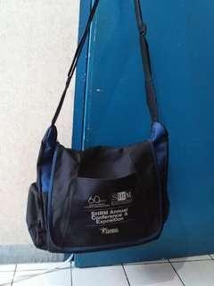 Messenger or laptop bag