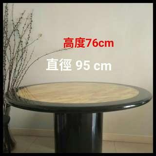 Removal sale ~ Dining Table 飯枱 good condition.  (大埔) Tai po