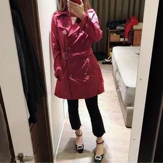 英國BURBERRY  桃紅色風衣外套 9成9新❤️