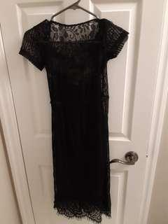 Midi black lace dress