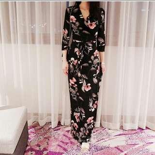 [INSTOCK] Floral Black Wrap Dress