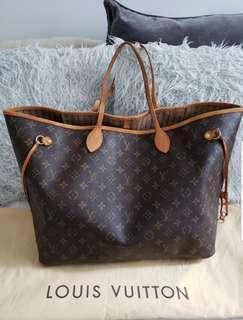 LOUIS VUITTON Neverfull GM tote bag + FREE custom bag shaper!