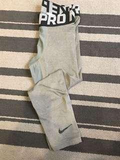 Nike 七分 訓練褲 兩件600元