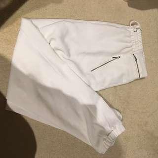 FOREVER NEW PANTS WHITE SIZE MEDIUM