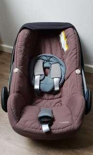 Maxi Cosi Pebble Infant Seat