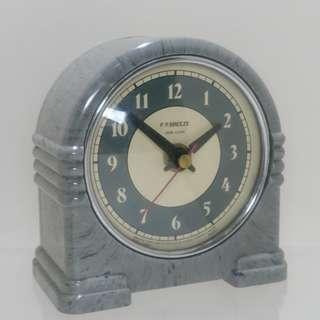 P.P.BREEZE desk clock 電木殼石英鐘