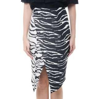 MDS BN Zebra Eye Skirt