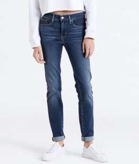 🚚 全新Levi's便宜出售 312 Shaping Slim Jeans牛仔褲